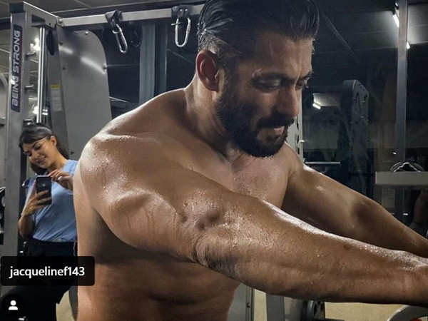 Salman Khan's latest picture proves he is fitter than ever