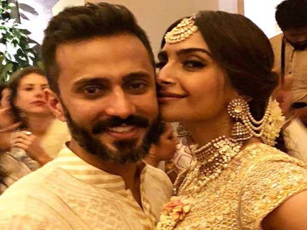This appreciation post from Sonam Kapoor for her husband Anand Ahuja will melt your heart
