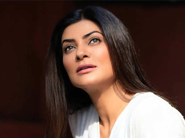 Sushmita Sen Talks About her Journey as an Outsider in this Industry