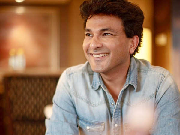 Chef Vikas Khanna wins hearts on Internet with this savage reply