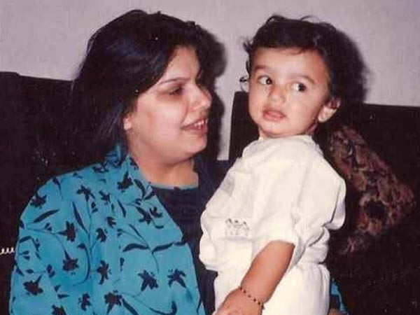 Arjun Kapoor remembers his mother on her 8th death anniversary