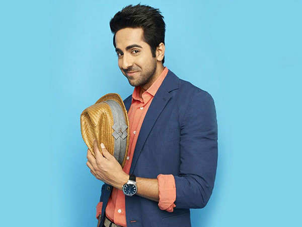 Ayushmann Khurrana recites a poem written by him on the current situation
