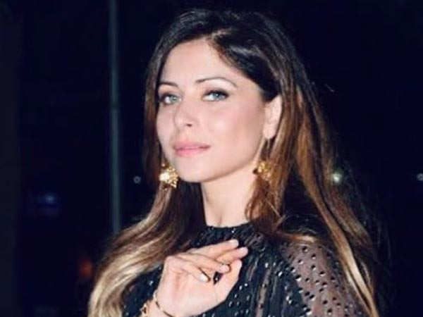 Baby Doll Singer Kanika Kapoor Tests Positive for the COVID-19 Infection