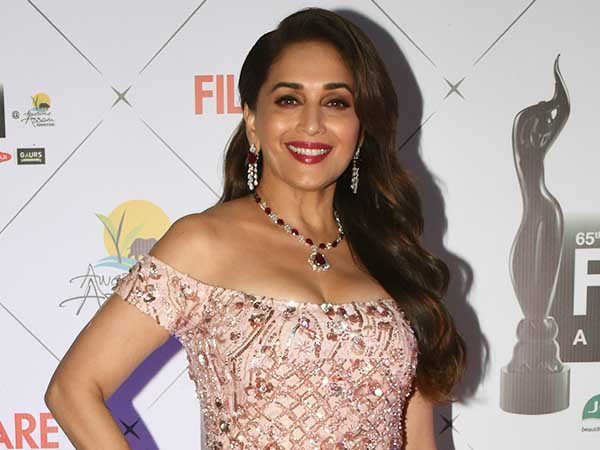 Madhuri Dixit makes her Har Pal Fashionable with exquisite jewellery