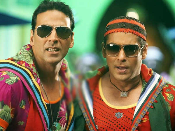 Salman Khan and Akshay Kumar take a break from work to catch up