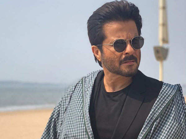 Anil Kapoor sweats it out after his anniversary binge