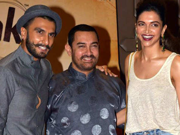 Deepika Padukone shares a picture taken 20 years ago with Aamir Khan