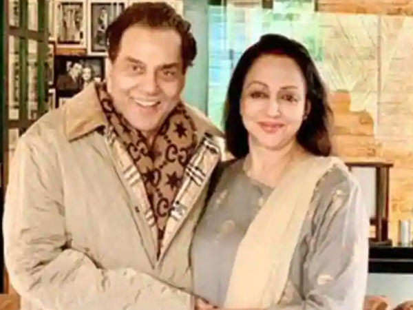 Here's Dharmendra and Hema Malini's message for their fans on their wedding anniversary today