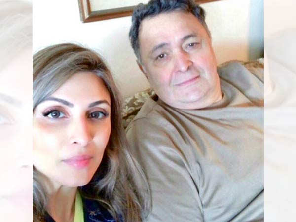 Riddhima Sahni remembers dad Rishi Kapoor with this perfect family picture