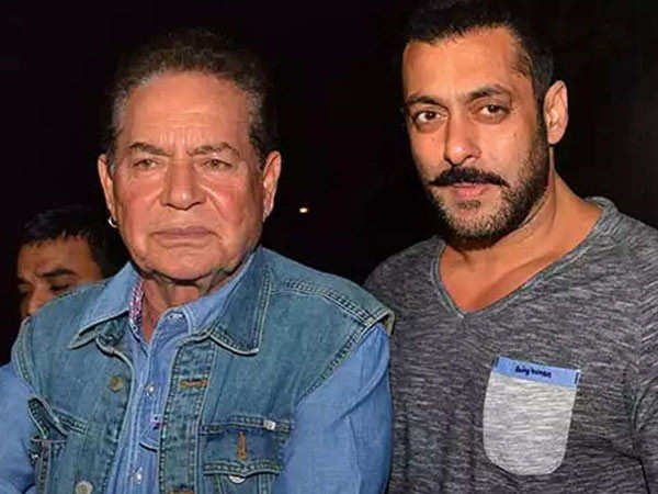 Here's how Salim Khan celebrated Eid without Salman Khan