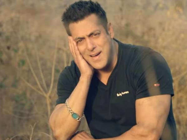 Contrary to reports Salman Khan is still at his Panvel farmhouse