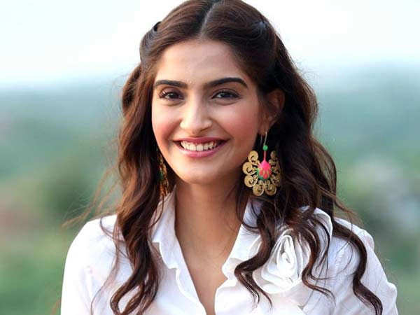 Sonam Kapoor praises the beauty pageant queens in her latest post