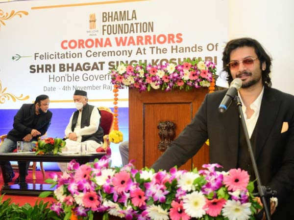 Ali Fazal shares his experience of felicitating medical professionals at the Raj Bhavan