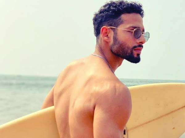 This super cool click of Siddhant Chaturvedi from Goa is grabbing all the eyeballs