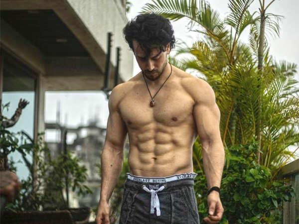 Tiger Shroff's Back-Flips Are Out of This World Indeed