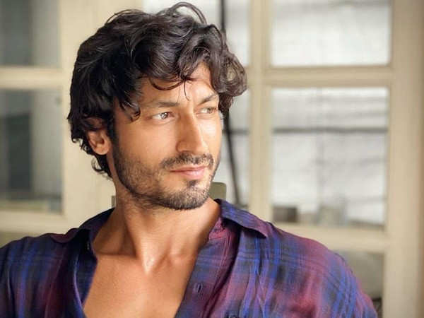Vidyut Jammwal reveals he's back to his roots