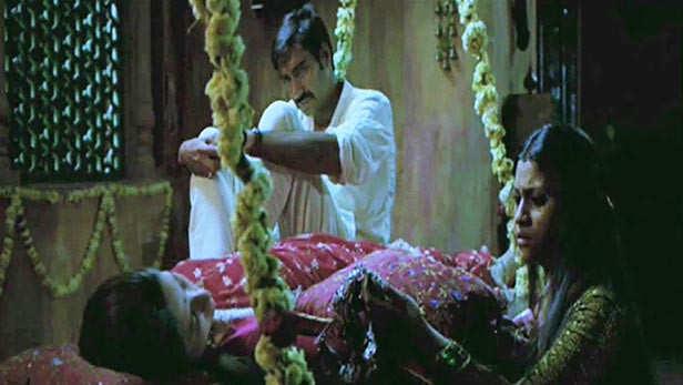 20 Best Kareena Kapoor Khan Songs Down The Years ...