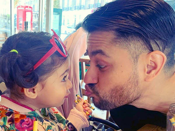 Kunal Kemmu gets his daughter's name inked on his body
