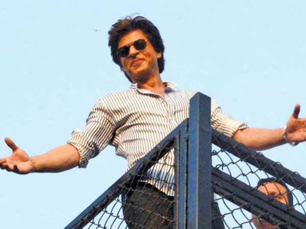 Here's what Shah Rukh Khan replied to a fan who asked if he plans to sell his Mumbai home