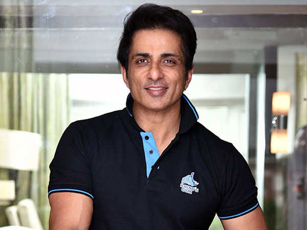 Sonu Sood comes up with a scholarship programme for IAS aspirants in the memory of his late mother