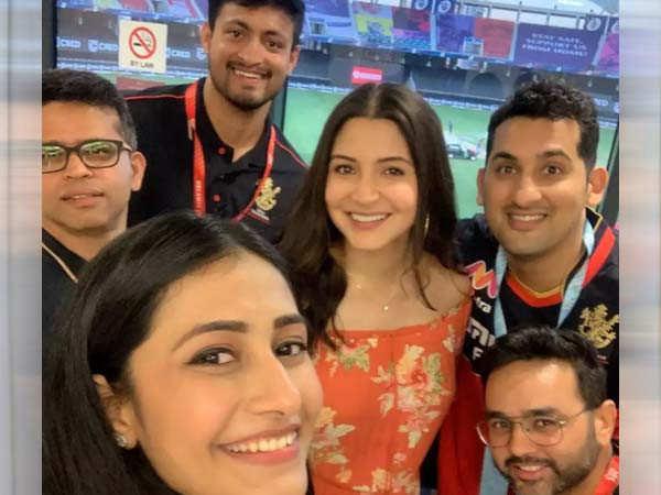 Anushka Sharma and Dhanashree Verma celebrate RCB's win with a selfie