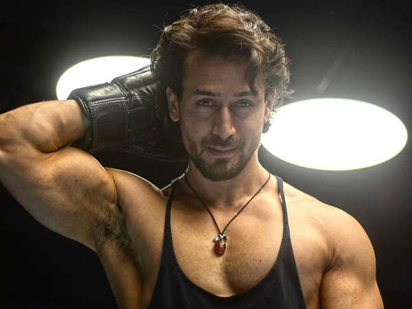 Here's how Tiger Shroff works extra-hard after indulging in a cheat-day meal