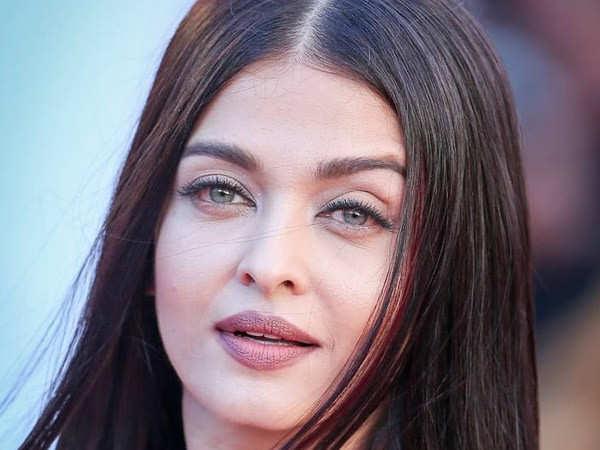 Aishwarya Rai Bachchan answers two basic questions related to fashion