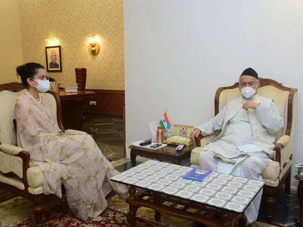 Kangana Ranaut meets Maharashtra Governor Bhagat Singh Koshyari