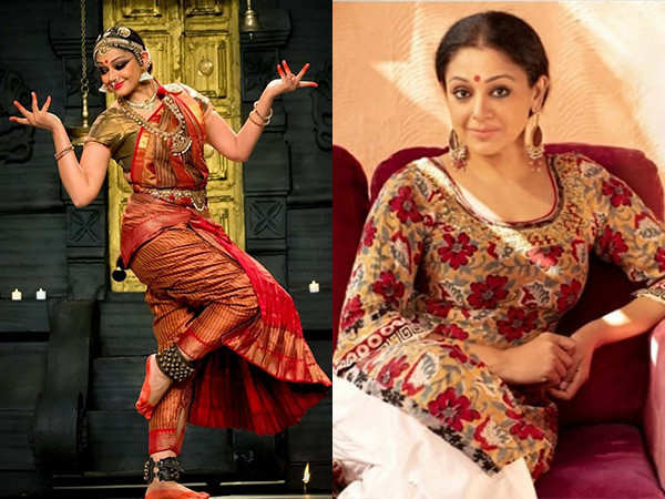 This Video of Shobana Teaching Dance to her Daughter is Going Viral