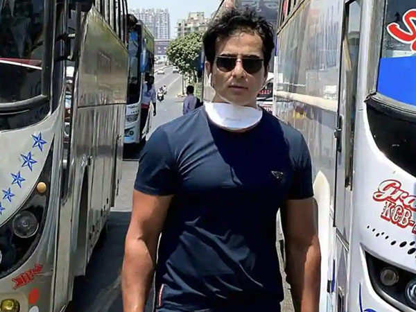 This is how much it costs Sonu Sood to arrange a bus for the migrant worker