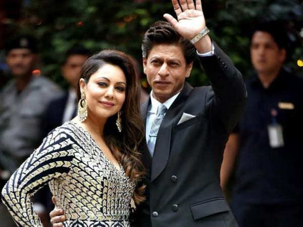 """Shah Rukh loves cooking,"" Gauri Khan talks about staying with family during the lockdown"
