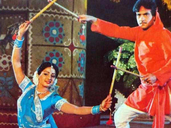 5 dance numbers of Jeetendra that will always be fan favourites