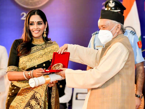 Dr. Leena S, the Nail Tycoon wins a National Award
