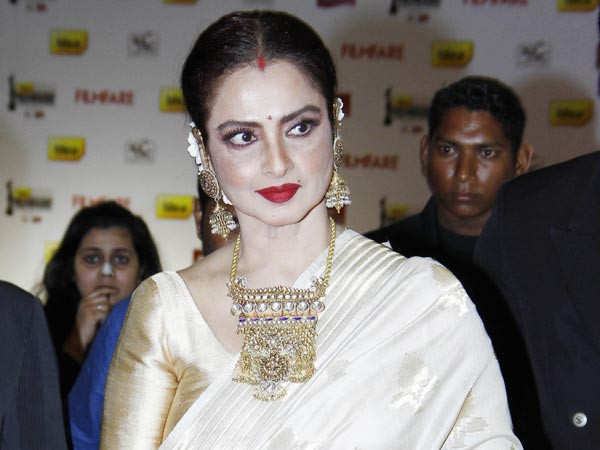 Rekha's reply on falling in love with married men is iconic