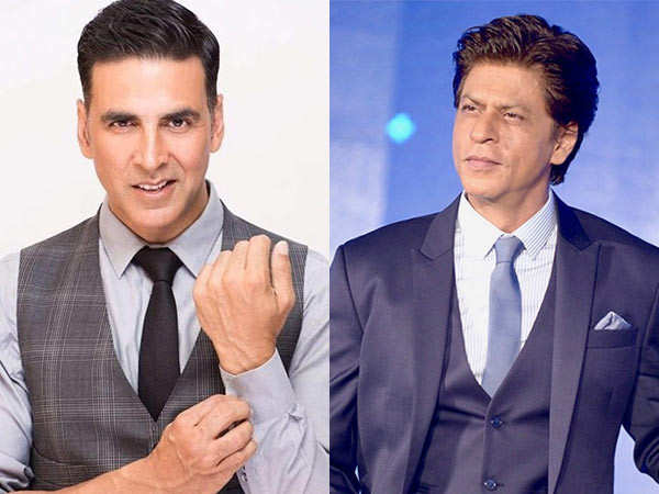 A fan requested Akshay Kumar to call SRK and here's what he did