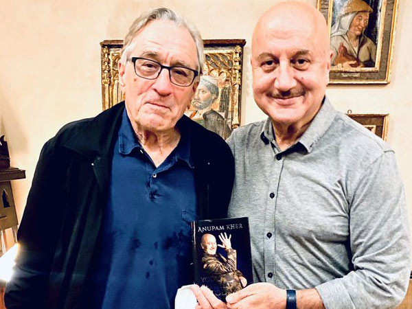 Anupam Kher Dines With Robert De Niro And Thanks Him On Instagram