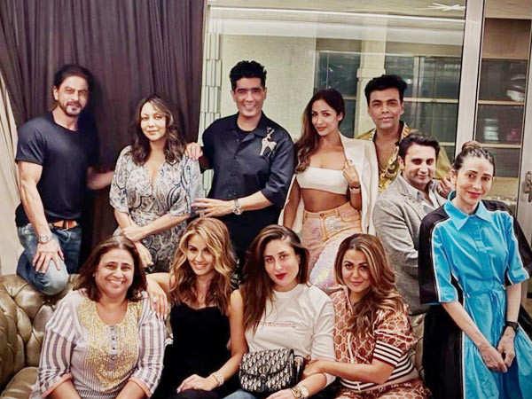 SRK, KJo, Kareena Kapoor Khan And Many Others Party On Sunday Night