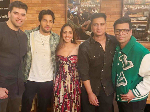 In pictures: Team Shershaah celebrates the success of the film together
