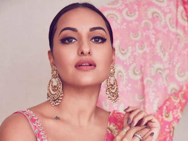 Sonakshi Sinha takes the next step in her artistic journey