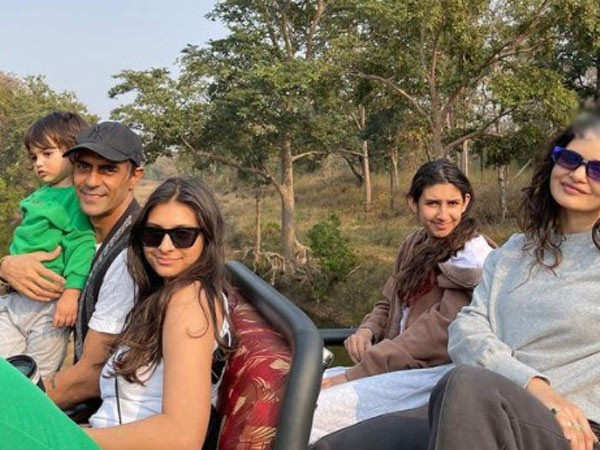 Arjun Rampal has a splendid safari outing with kids and girlfriend