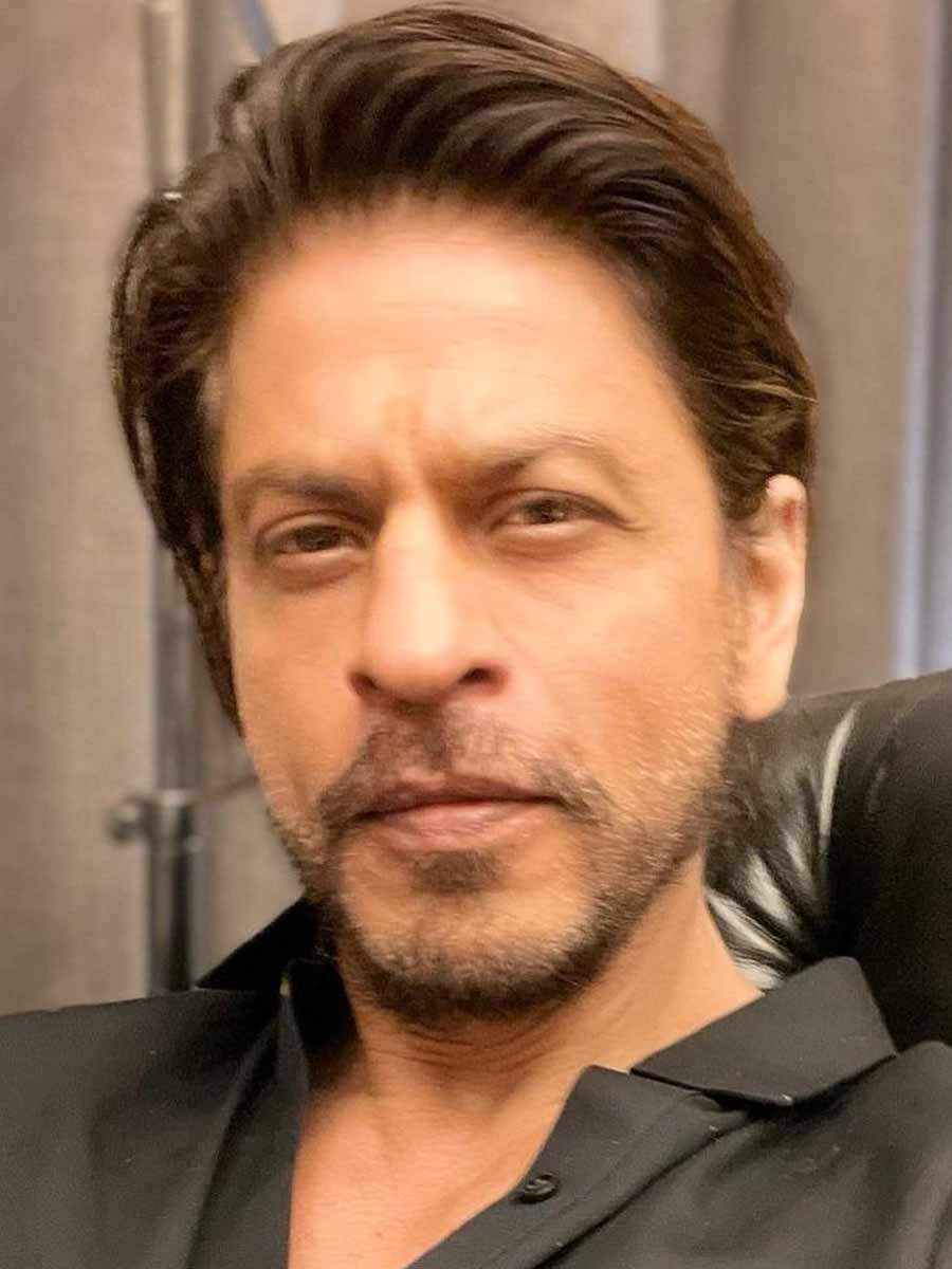 Big Announcement of SRK's comeback film Pathan with a special teaser video