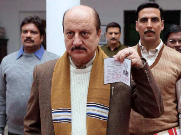Anupam Kher urges Neeraj Pandey to make a sequel to Special 26
