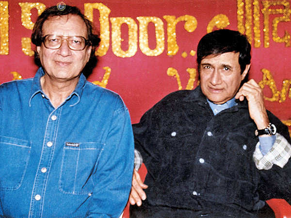 All about late actor and director Vijay Anand