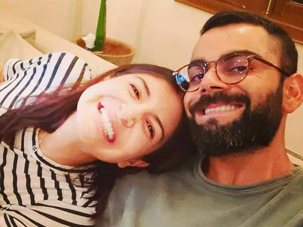 Anushka Sharma And Virat Kohli Appeal To Paparazzi Not To Click Their Daughter's Picture