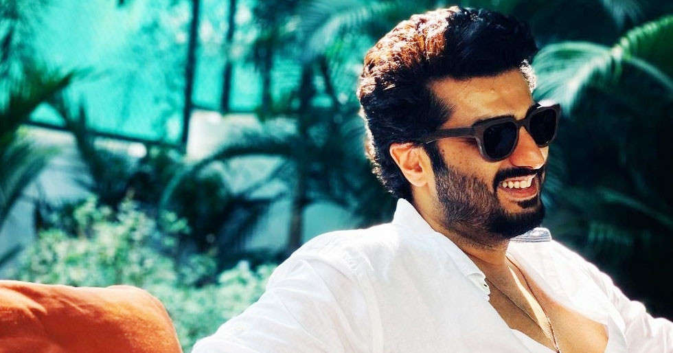 Arjun Kapoor's post for 2021 is all things smile and happy ...