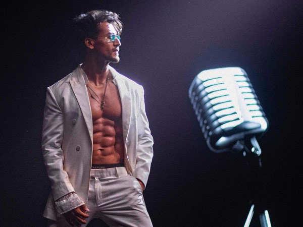 Video: Tiger Shroff shows how he prepped to sing Casanova