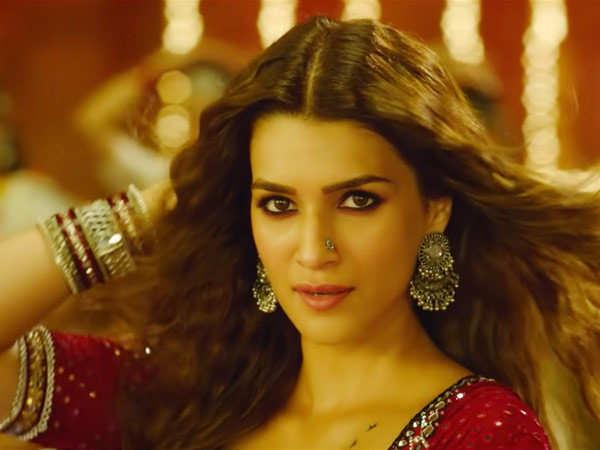 Param Sundari: Kriti Sanon shares a video on the song's making, praises AR Rahman