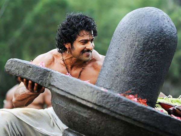 Prabhas celebrates 6 years of Baahubali