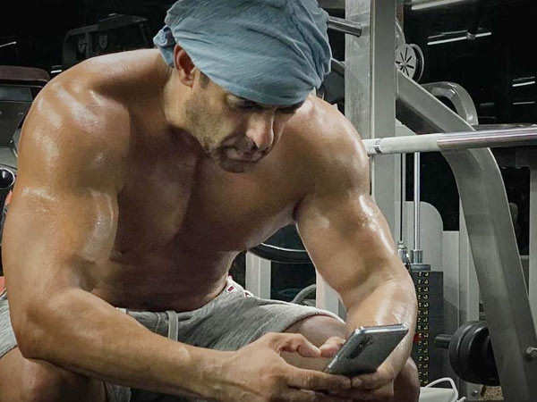 Salman Khan's Workout Video For Tiger 3 Will Leave You Surprised