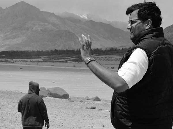 Ranbir Kapoor starrer Shamshera is a visual extravaganza with emotions